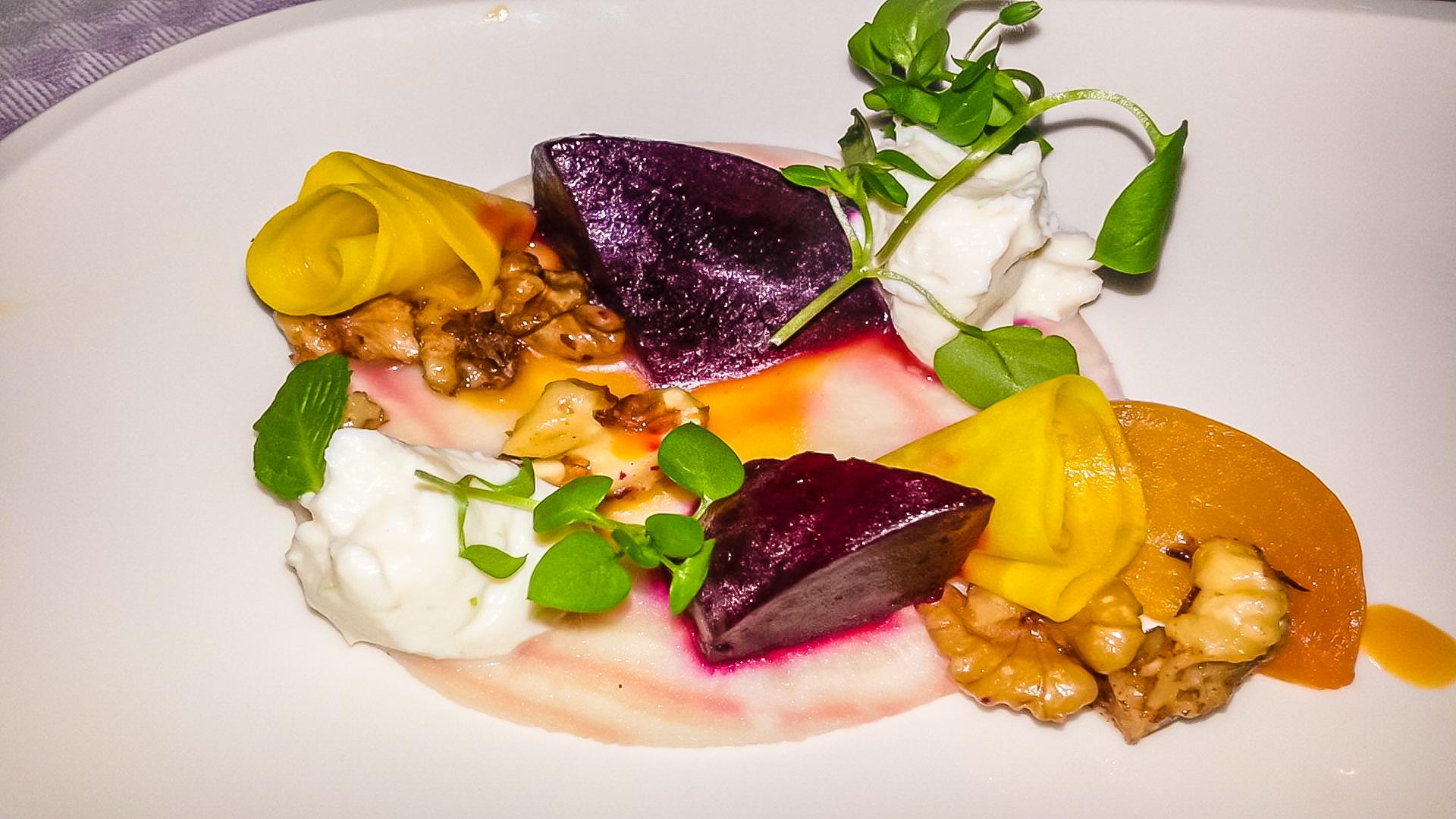 Ricotta / beets / walnuts