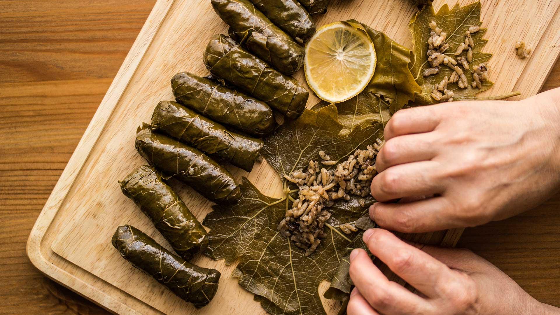 Traditional Greek Recipe : Dolma